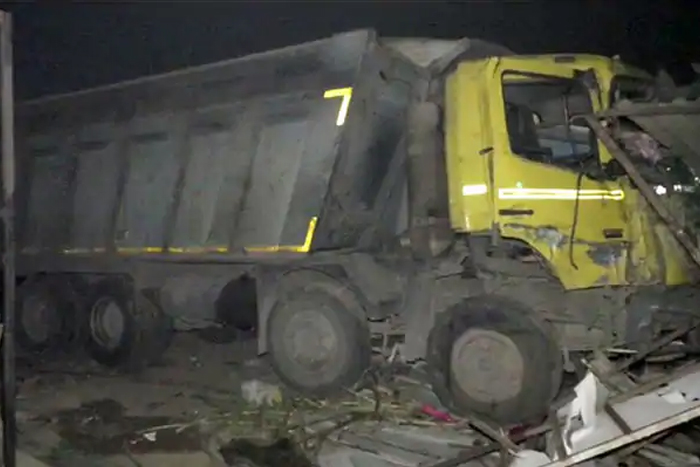 15 Sleeping Labourers Crushed Under Truck In Gujarat, PM Condoles Deaths