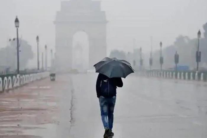 After Many False Starts, IMD Says Monsoon Set To Hit Delhi Today